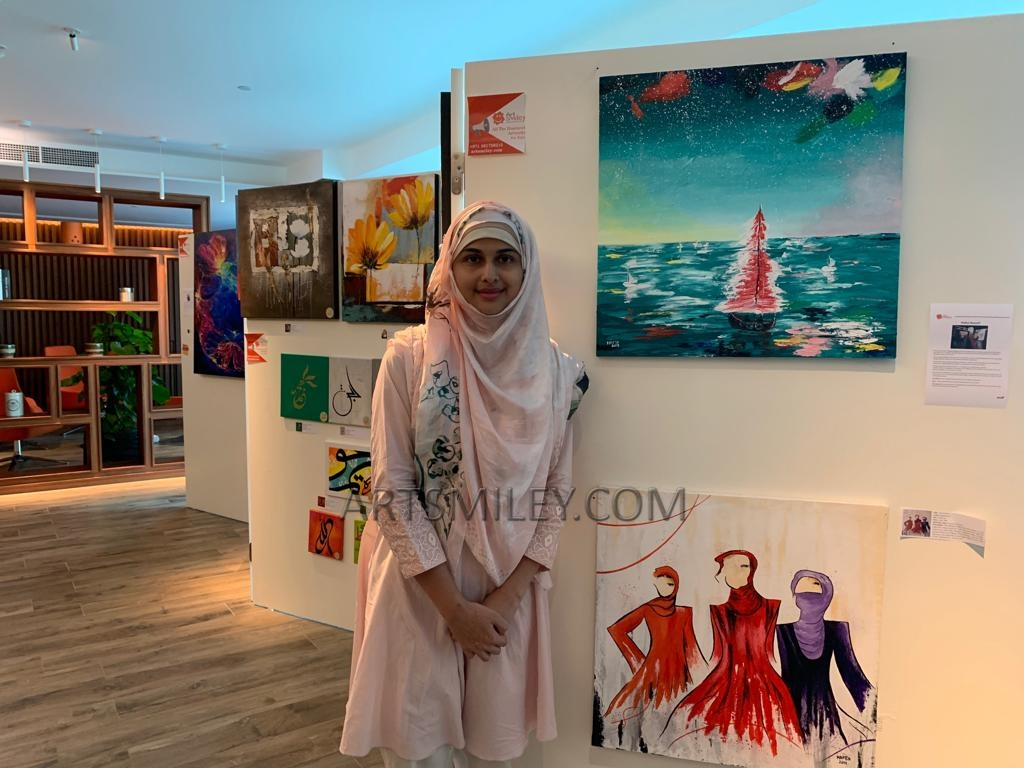 Artist Hafsa Rasool at Art Smiley Exhibition